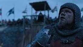 Storslagne «The Last Duel» er preget av blod, gjørme og konstant gråvær