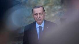 Tyrkia trekker trussel om å kaste ut ambassadører