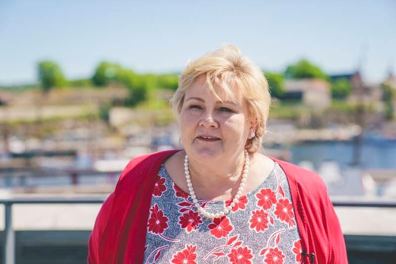 Statsminister Erna Solberg sier at nordmenn vil kunne reise til Sverige denne måneden. Foto: Stian Lysberg Solum / NTB