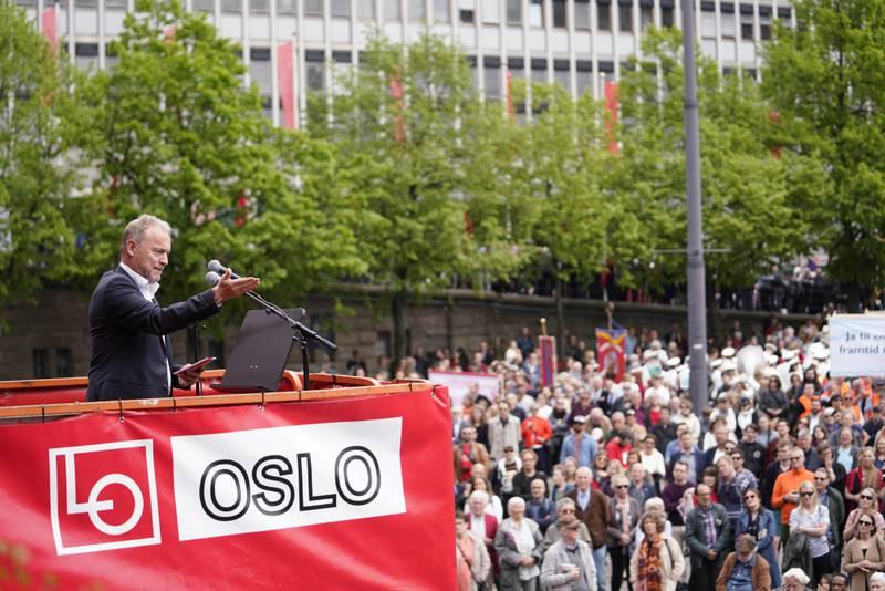 Oslo  20190501. Byrådsleder i Oslo, Raymond Johansen under 1. Mai-markeringen på Youngstorget i Oslo. Foto: Fredrik Hagen / NTB scanpix