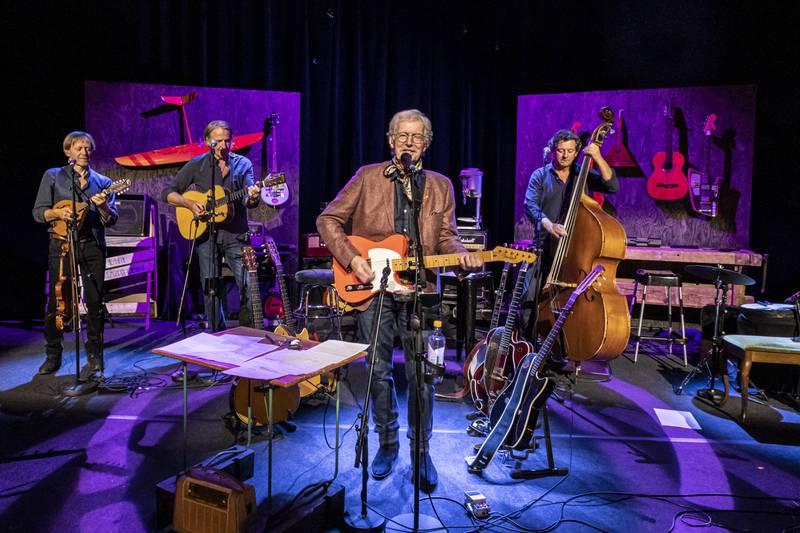 Øystein Sunde og gruppa Meget i sløyd spiller fint på Chat Noir utover høsten.