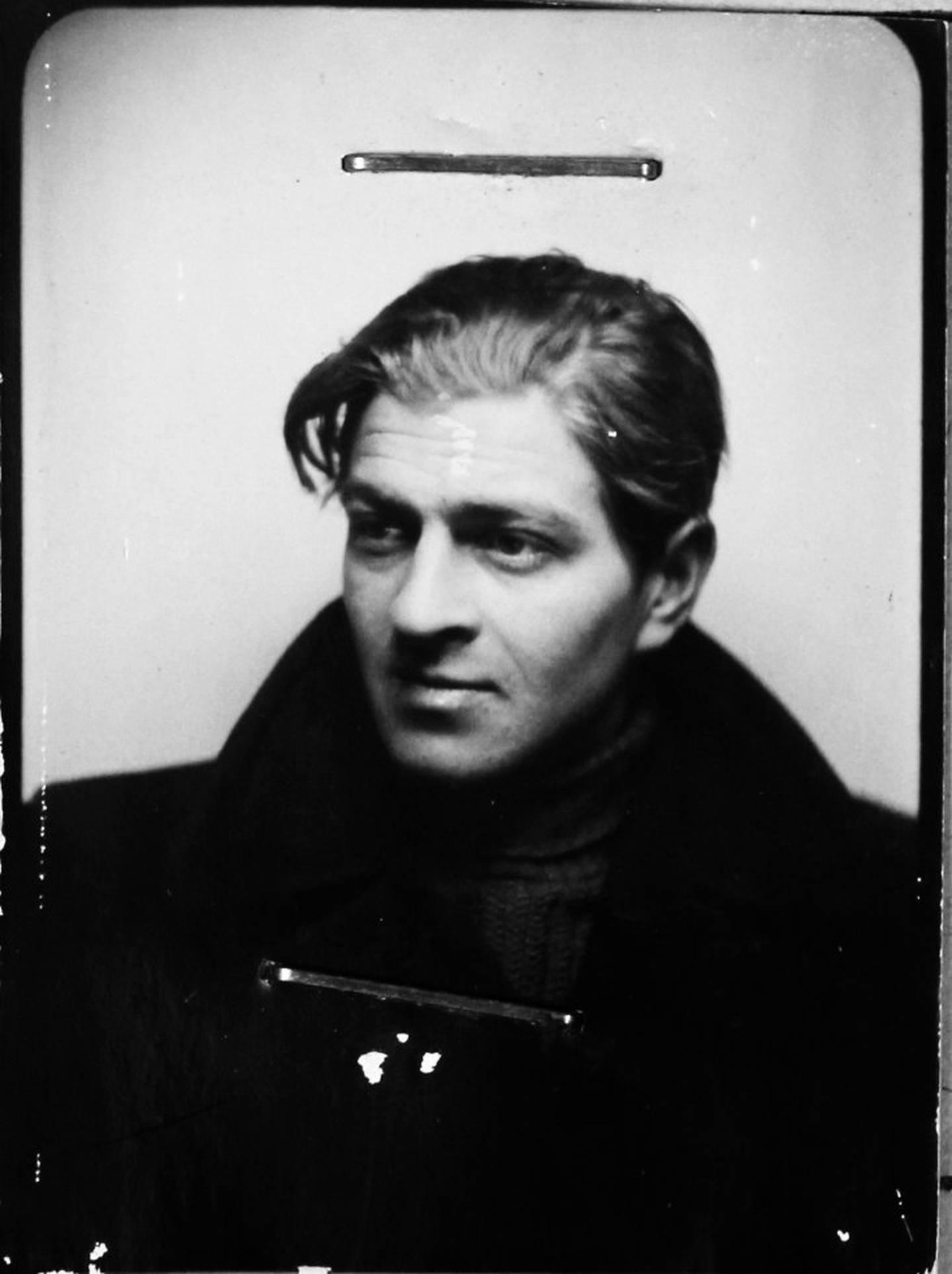 ID-kortet: David Jacob Glikman kom til Oslo som seksåring i 1927, sammen med moren sin, Esther Schuchad, som var syerske av yrke.