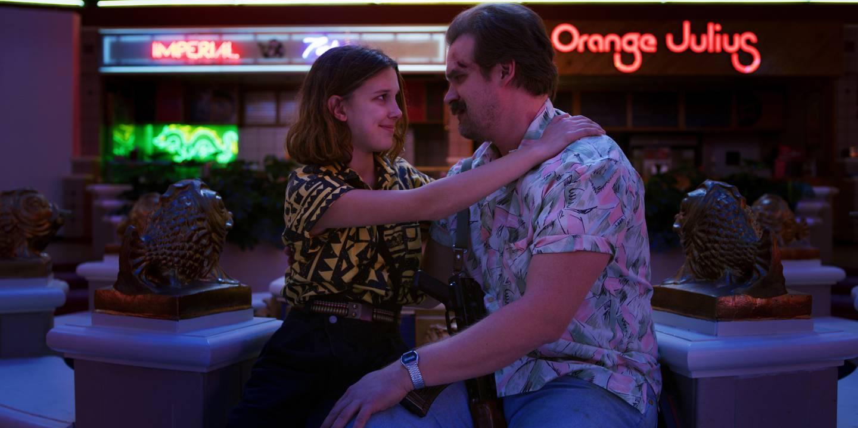 Millie Bobby Brown og David Harbour, to av stjernene i «Stranger Things».