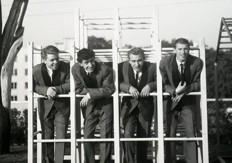 Beatniks tidlig på 60-tallet: Oddvar Gundersen, Svein Finjarn, Carsten Deberitz og Truls Lorck. FOTO: SVEIN BOYE ANDERSEN