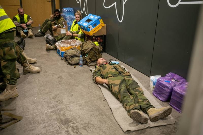 Soldater fra Brig Nord er på Tblisi Internasjonale flyplass og bistår iarbeidet med evakueringen av sivile ut av Kabul i Afghanistan.