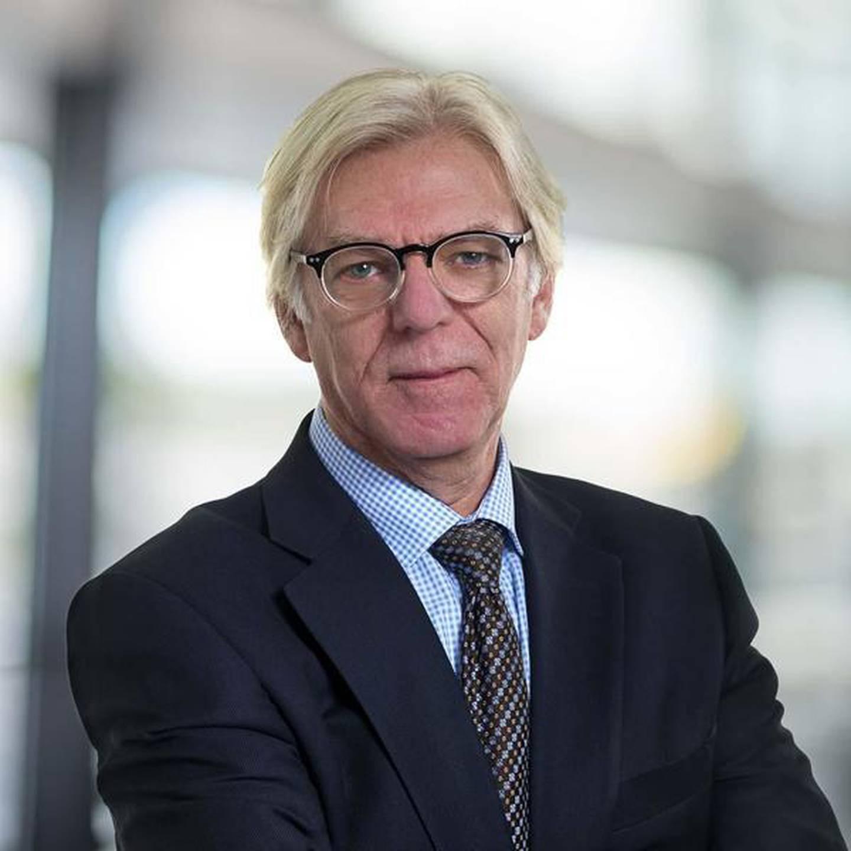 Advokat Petter Holmen.