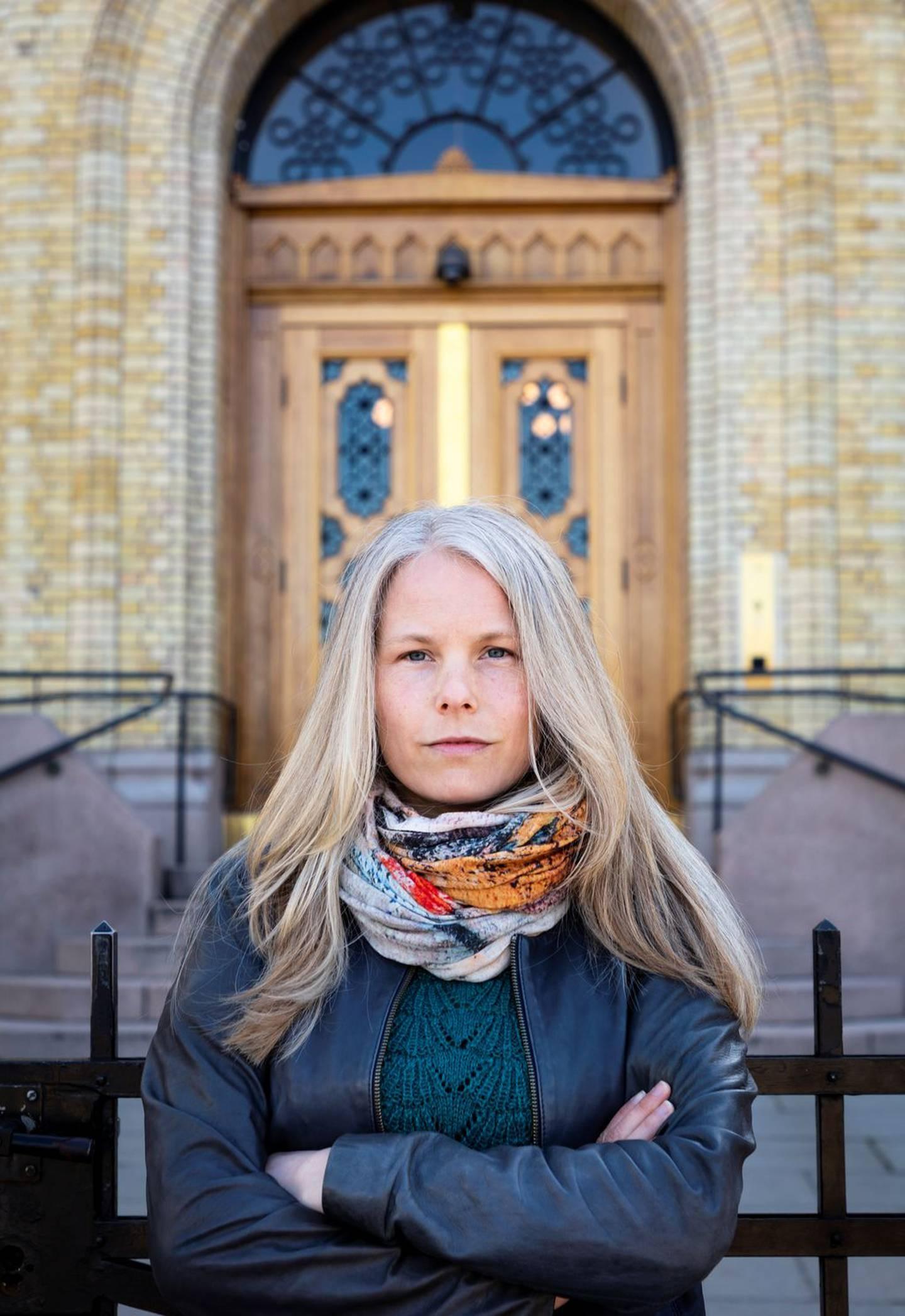SV og nestleder Kirsti Bergstø vil bedre inntektene for studentene, føre en sosial boligpolitikk og bygge flere studentboliger.