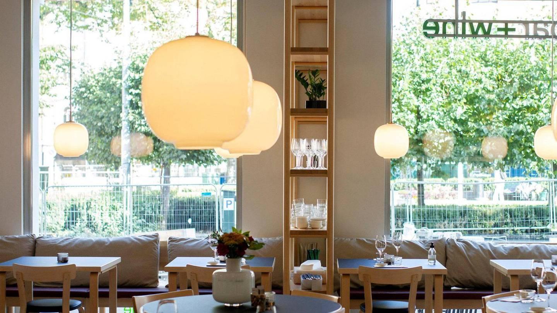 Schuber + Wine ha due ristoranti a Oslo.  Un open in Piazza Valkyrie.  Foto: Mimsey Mல்லller