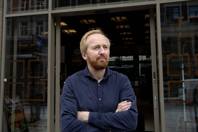 Rune Berglund Steen. Forfatter og aktivist. Leder i Antirasistisk Senter.