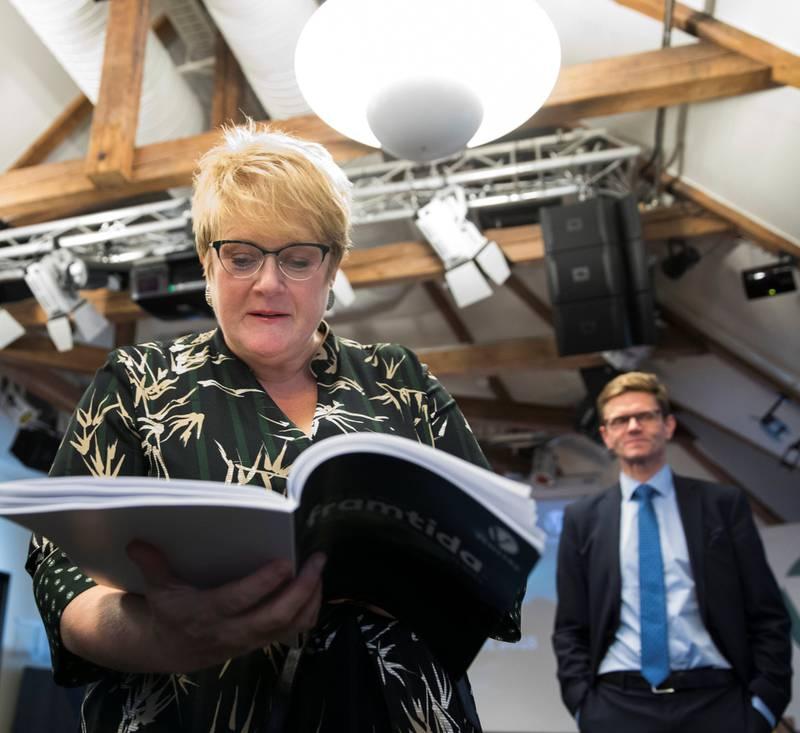 Ga opp: Venstreleder Trine Skei Grande og nestleder Terje Breivik har verken greid å få flertall for et lobbyregister for Stortinget, eller å stable på beina et lobbyregister for eget parti. FOTO: BERIT ROALD/NTB SCANPIX