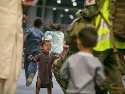Se de sterke bildene av Norges evakuering fra Afghanistan