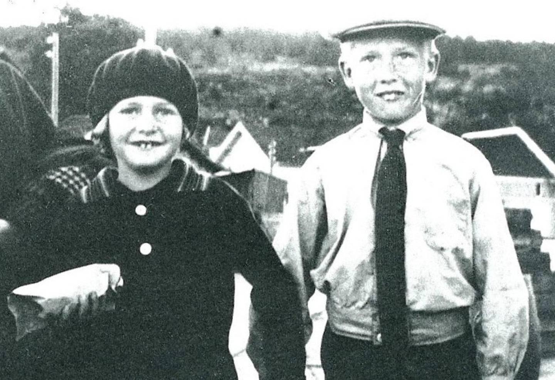 Anne-Cath var ti år første gang hun reiste alene uten moren og broren Mentz til Mummu i Holmsbu.
