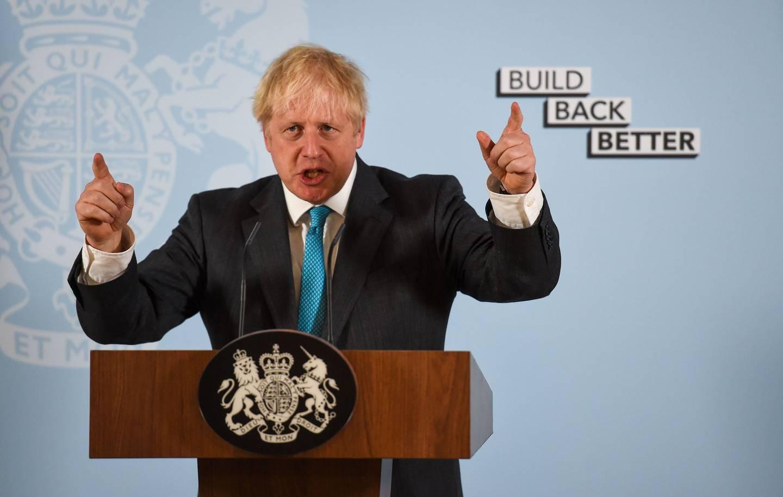 Storbritannias statsminister, Boris Johnson, har innrømmet at han var overvektig da han fikk koronaviruset og ble lagt inn til intensivbehandling i fjor. Han har tatt til orde for sterkere bekjempelse av overvekt.