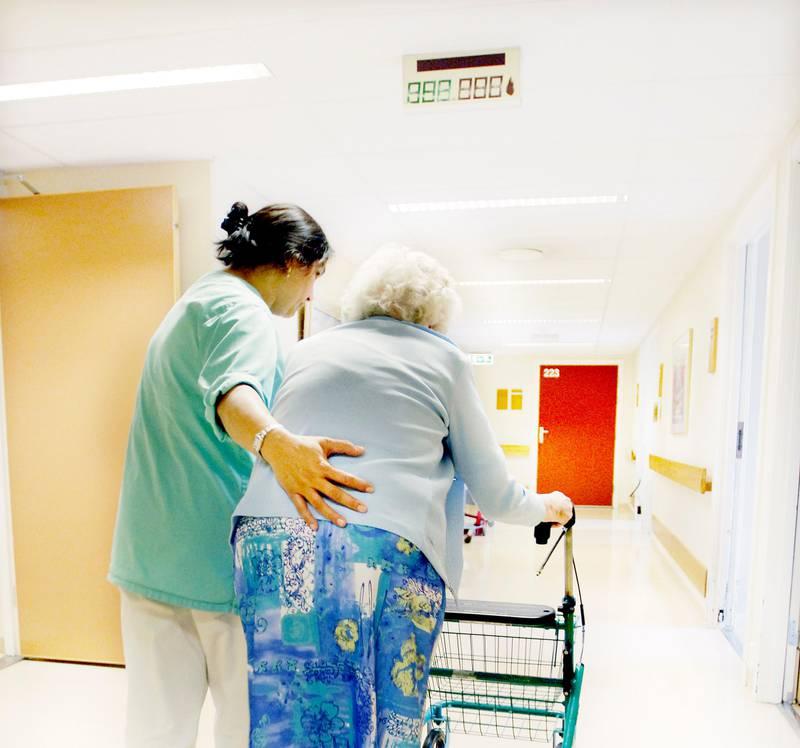 Illustrasjonsbilde: sykehjem, eldreomsorg,pleie.eldre,eldrehjem,gammel Foto: Hilde Lillejord