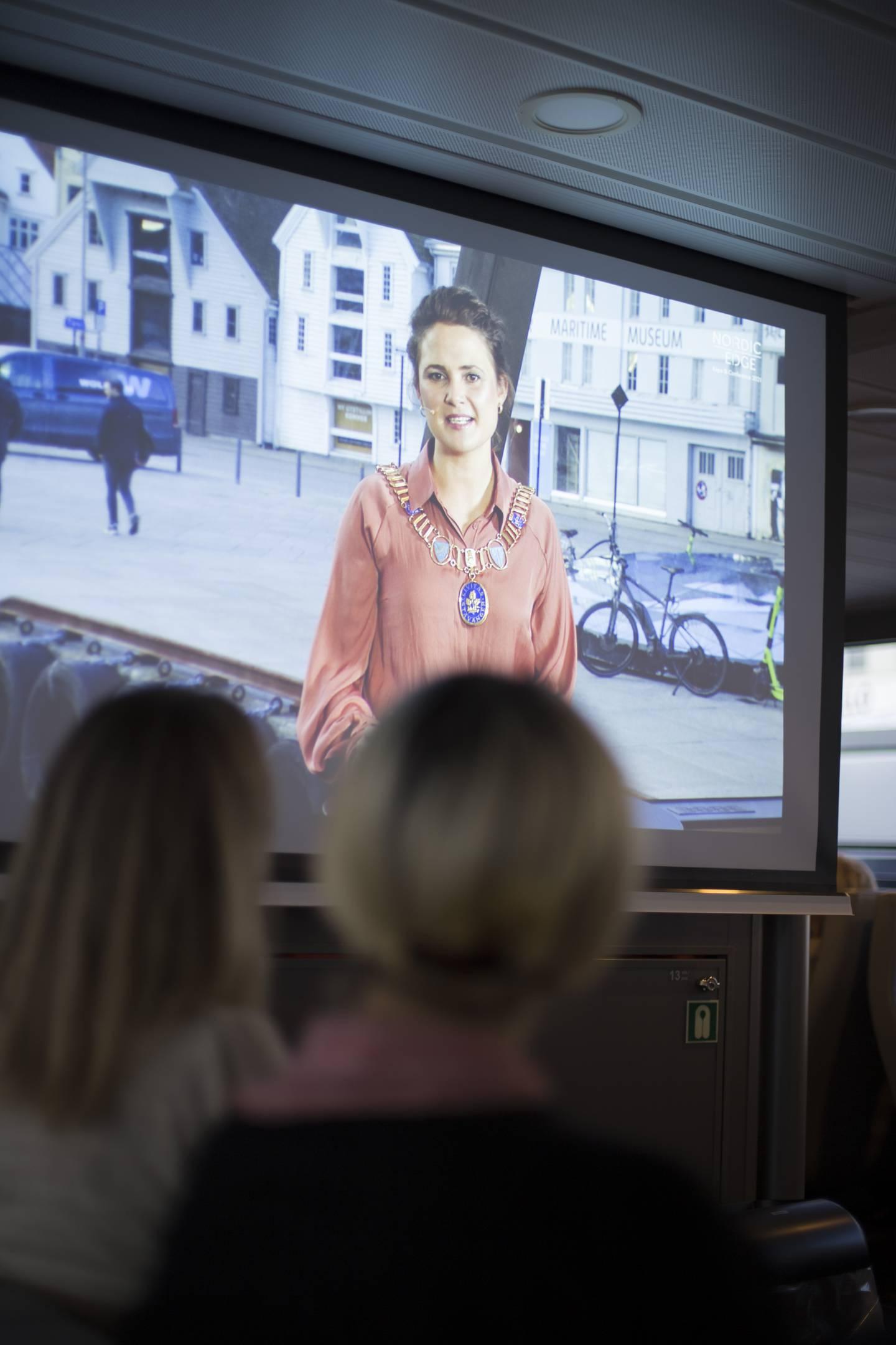 Kari Nessa Nordtun holder åpningstale på Nordic Edge Expo
