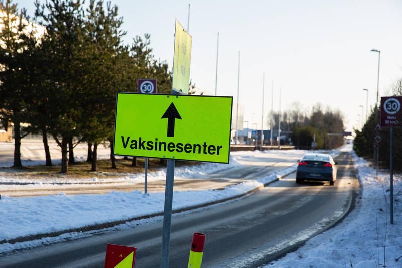 Vaksineringen foregår på Moss lufthavn Rygge.
