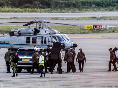 Utlover milliondusør etter angrep på presidentens helikopter