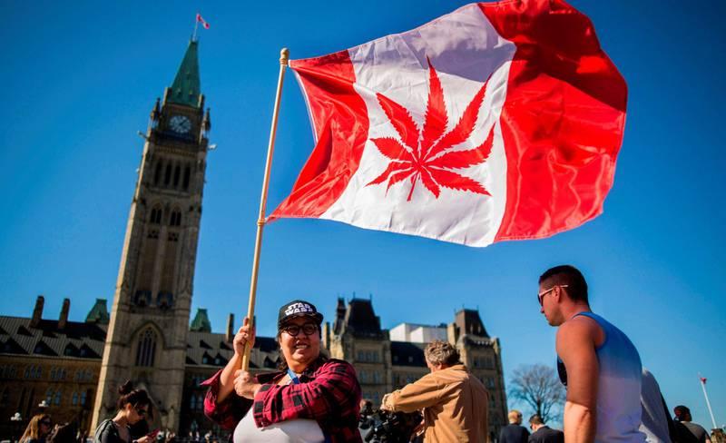 neste ut: Nylig ble Canada det andre landet i verden som legaliserer og regulerer bruk av cannabis, etter            Uruguay i 2014. Canadas statsminister Justin Trudeau annonserte nylig at landet åpner for fritt bruk, kjøp og salg av cannabis 17. oktober i år. FOTO: CHRIS ROUSSAKIS/AP/NTB SCANPIX