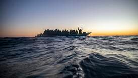 Tredobling av flyktninger som legger ut på farlig ferd over Middelhavet