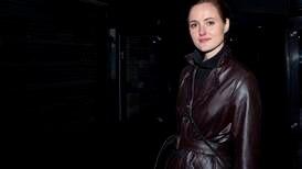 Reinsve klar med skinnbukser fra Dior og stort smil for å fronte Norges Oscar-kandidat