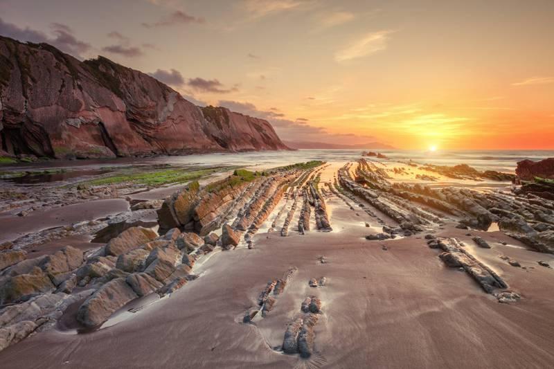 Playa Zumaia ble brukt til å spille inn scener fra stranden i Dragonstone.