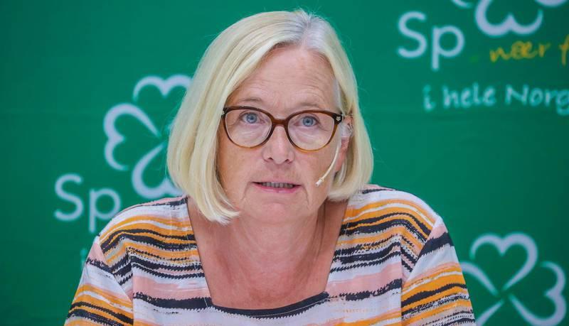 Oslo 20200625.  Parlamentarisk leder i Senterpartiet, Marit Arnstad, under Senterpartiets oppsummerende pressekonferanse. Foto: Ørn E. Borgen / NTB scanpix