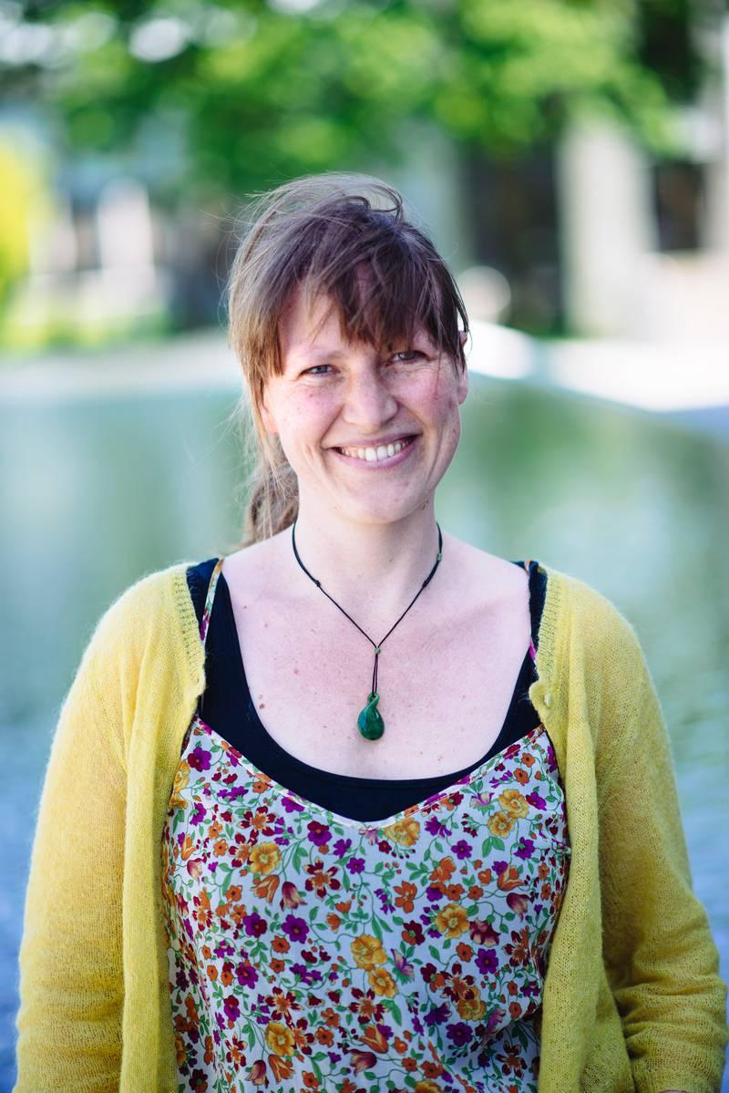 Ingvil Hellstrand er førsteamanuensis i kjønnsstudier ved UiS.