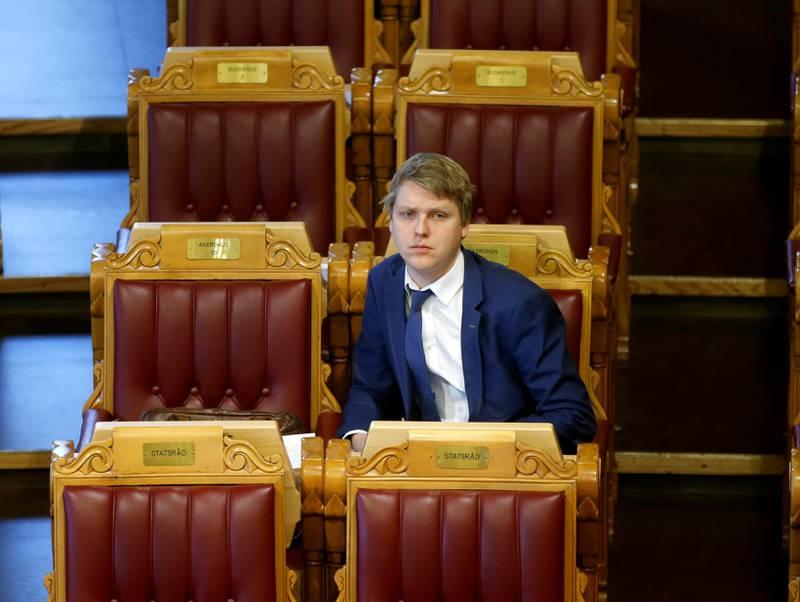 – Jeg er ikke en del av nettverket, sier Åsmund    Aukrust om Aps oljegruppe, som er blitt kalt «et demokratisk problem» og omtalt som et uttrykk for «politisk ukultur».