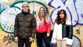 Ungdommer reagerer på mobbekartlegging: – Man må faktiske snakke med barna, ikke ha et skjema