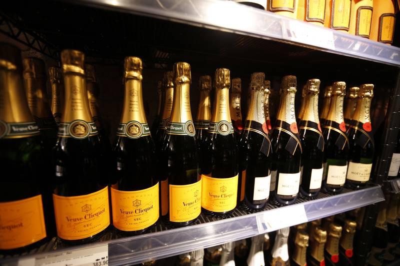 Moët Hennesy er en del av den franske luksusgruppa LMVH, som også er kjent for merker som Moët & Chandon, Veuve Clicquot og Dom Perignon. Foto: Lise Åserud / NTB
