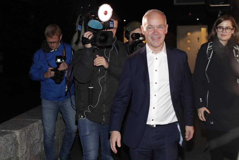 Finansminister Jan Tore Sanner (H) sier han ikke har lagt inn noen bevisste snubletråder i statsbudsjettet.