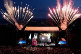 Flere store festivaler avlyser - noen holder fortsatt pusten