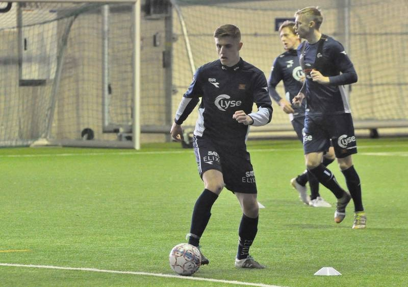 Sunderland-stopperen Michael Ledger på plass under trening i Vikinghallen onsdag. Viking vil nå prøve å få i stand en låneavtale. Foto: Espen Iversen